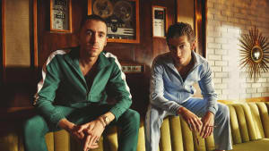 "The Last Shadow Puppets, לאסט שאדו פאפטס (יח""צ , זאכרי מייקל)"