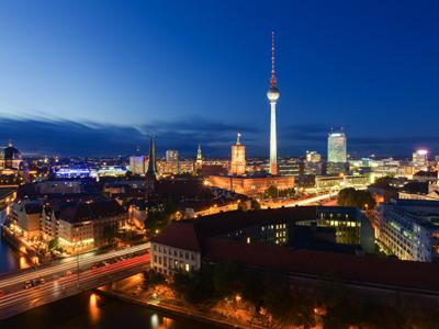 ואז ניקח את ברלין  (צ' - ShutterStock)
