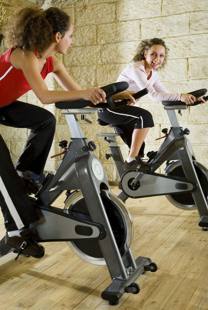 פעילות גופנית באופן תדיר (צ'-shutterstock)