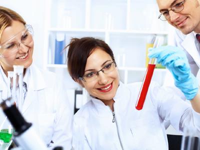 סטודנטים למדעים- הכי פחות מרוצים (צ' - shutterstock)