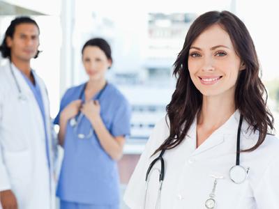 המשך ישיר של התואר. מקצועות הרפואה (צ' - shutterstock)