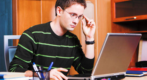 כתיבה היא כבר לא התחום היחידי, לימודי תקשורת (צ'- shutterstock)