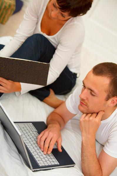 סטודנט מחפש עבודה (ShutterStock)