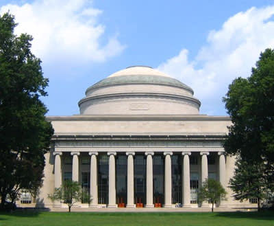 MIT. לא חשדו במשך 28 שנים. (האריס וואנג)