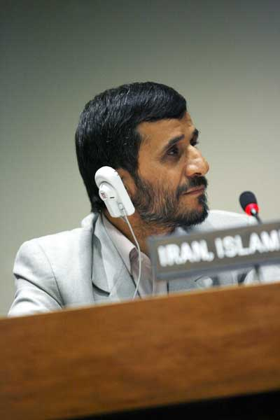 """נשיא איראן מחמוד אחמדיניג'אד. """"באיראן אין הומוסקסואלים"""". (ShutterStock)"""