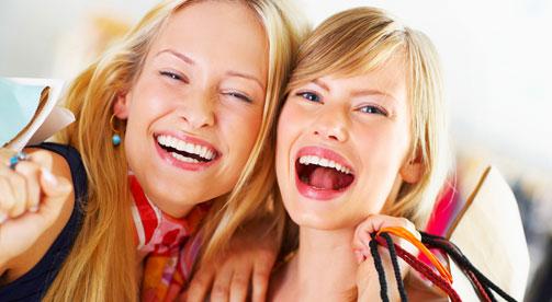 מה גורם לך אושר? (צ'- shutterstock)