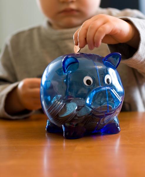 לדעת לנהל את ההוצאות והכנסות בצורה שקולה (צ'- shutterstock)