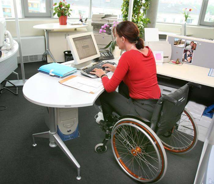 שינוי חברתי אמיתי, נגישויות לבעלי מוגבלויות בקמפוס (צ'-shuterstock)