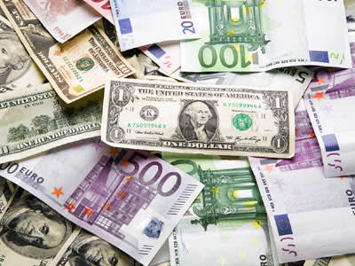 כסף, כסף, כסף (צ' - ShutterStock)