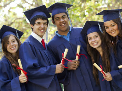 נסו להבין מהבוגרים היכן להשקיע את המאמצים במהלך התואר (צ'-shutterstock)