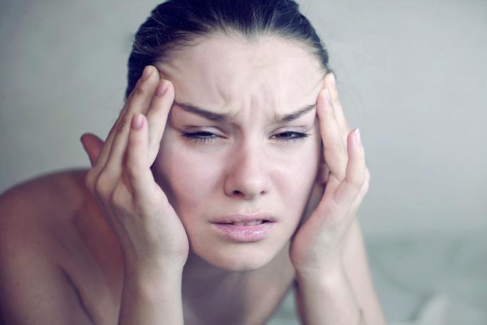 כאב ראש, כאב ראש, כאב ראש (צ'-shutterstock)