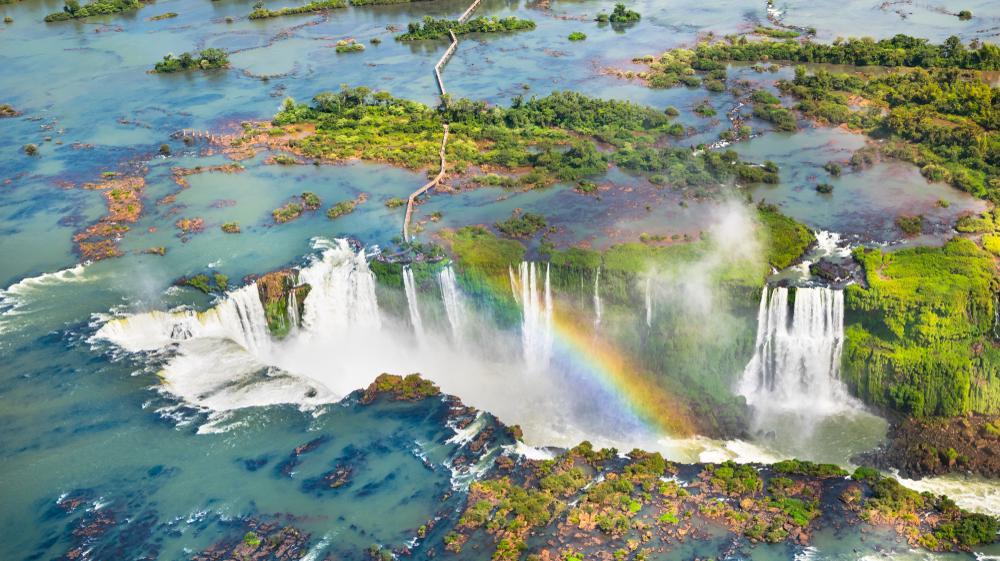 מפלי איגואסו, ארגנטינה. ShutterStock