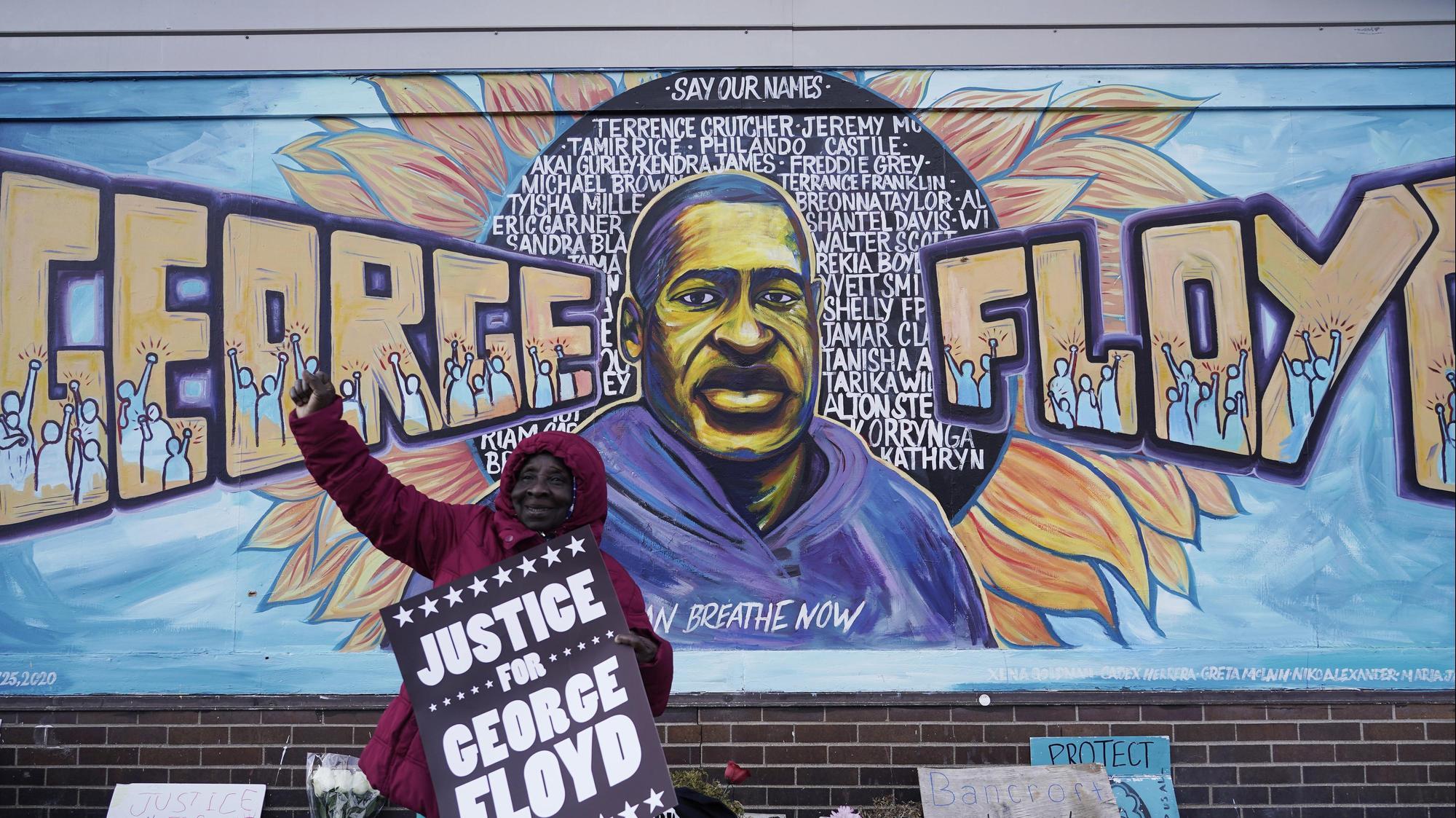 ציור קיר של ג'ורג' פלויד בעיר מיניאפוליס, מינסוטה, 20 באפריל 2021. AP