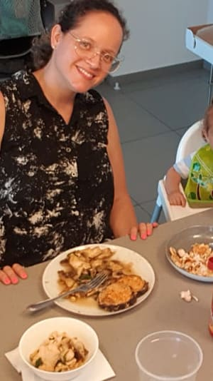 ארוחת משפחתית אצל דני קמושביץ. באדיבות המצולמים