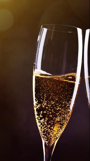 יין מבעבע. ShutterStock