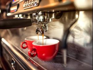 מכונת קפה. ShutterStock
