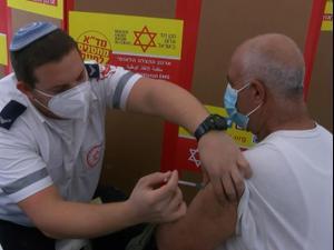 החל מבצע חיסון 120 אלף פועלים פלסטינים שעובדים בישראל  8.3.21. שלומי גבאי