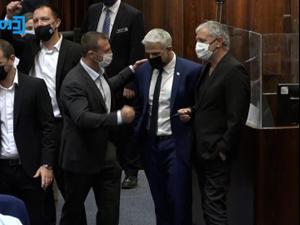 """ברגע האחרון: רע""""ם הפילה את הצעת הליכוד על הרכבת הוועדה המסדרת. ערוץ הכנסת, אתר רשמי"""