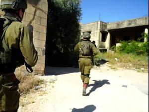 """בוידאו: כוחות צה""""ל בדרך לבתי שניים מהמחבלים בטול כרם. אין, מערכת וואלה!"""