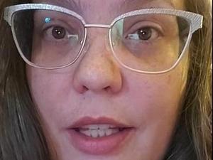 גילתה שכל חייה היו שקר ושהיא נחטפה כתינוקת. @thebeardedmom., צילום מסך
