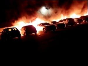 לוד: מהומות בין יהודים וערבים, שריפת מכוניות, ירי באש חיה ופינוי משפחות יהודיות   11.5.21. תיעוד ברשתות חברתיות לפי סעיף 27 א' לחוק היוצרים, צילום מסך