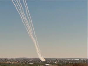 תיעוד: יציאת מטח כבד מעזה לכיוון מרכז הארץ 13.5.21. צילום: דדי פולד, צילום מסך