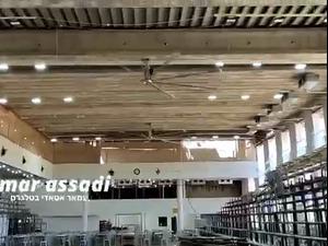 תיעוד בניית הטריבונה בבית הכנסת בגבעת זאב בירושלים  16.5.21. עמאר עסדי, צילום מסך