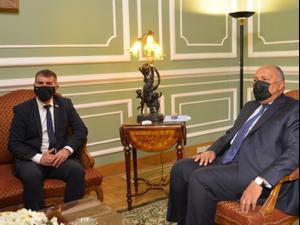 שר החוץ גבי אשכנזי הגיע לקהיר לפגישה עם שר החוץ המצרי, סאמח שוקרי, 30 במאי 2021. דוברות משרד החוץ, אתר רשמי