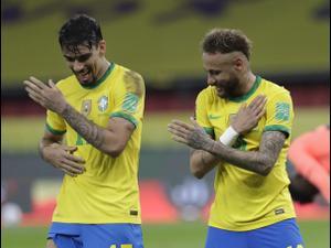 שחקני נבחרת ברזיל לוקאס פאקטה ניימאר. AP