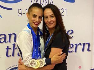 לינוי אשרם חוגגת זכייה במדליה באליפות אירופה בהתעמלות. באדיבות איגוד ההתעמלות, אתר רשמי