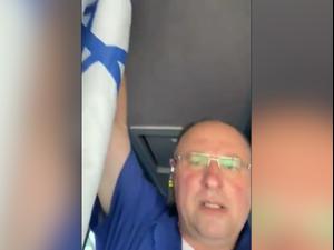 נהג אגד וותיק שנוהג לתלות את דגל ישראל באוטובוסים בהם הוא עובד נקנס על ידי מפקח משרד התחבורה 17.06.21. ללא, מערכת וואלה!