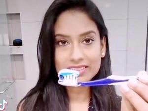 כמות משחת השיניים הנכונה שיש להשתמש בה. @dr.k.sarvendran/Tiktok, צילום מסך