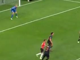 תקציר: פ.ס.וו איינדהובן - מיטיולנד 0:3. ספורט 1