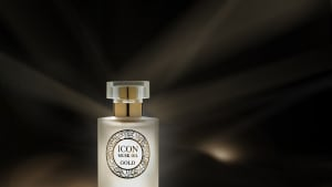 ICON MUSK OIL GOLD של ג'ייד. יחצ,