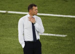 אחרי חמש שנים בתפקיד: שבצ'נקו עוזב את נבחרת אוקראינה