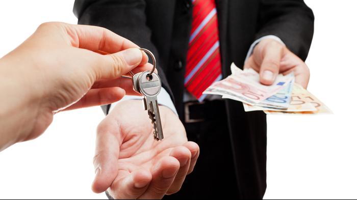 השכרת רכב השכרת דירה מפתחות. ShutterStock