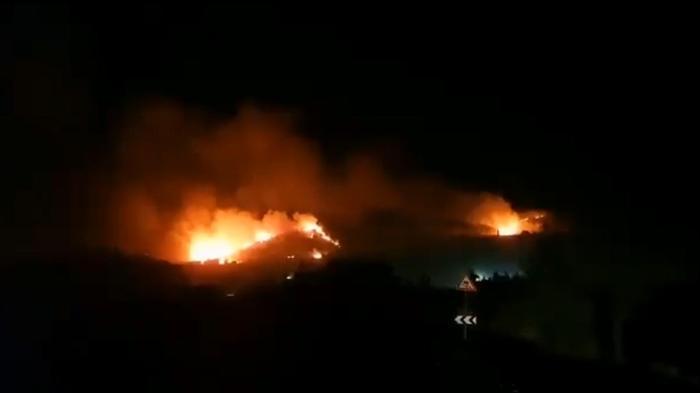 השריפה בקריית שמונה, שפרצה בעקבות ירי רקטות לעבר מלבנון. 4 באוגוסט 2021. ., אתר רשמי