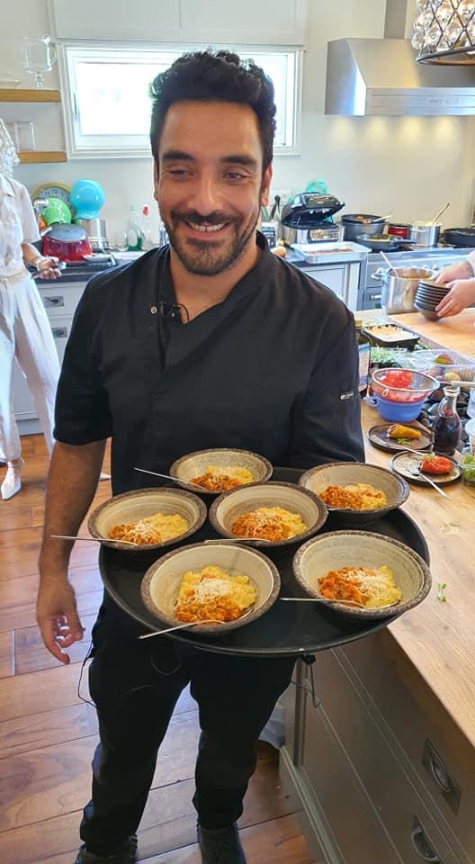 Израильский шеф-повар Ави Битон представил блюда, приготовленные из продукции компании Beyond Meat.. Zahav.ru