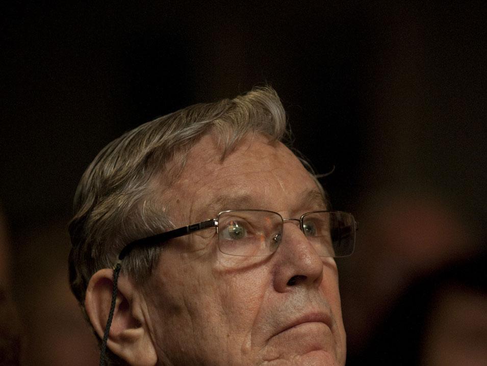 הסופר עמוס עוז הלך לעולמו בגיל 79