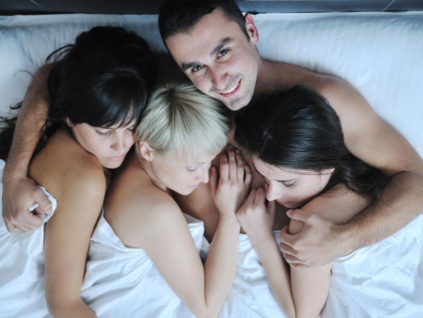 הסודות מתגלים: אלה הפנטזיות המיניות הנפוצות ביותר שיש לכולנו