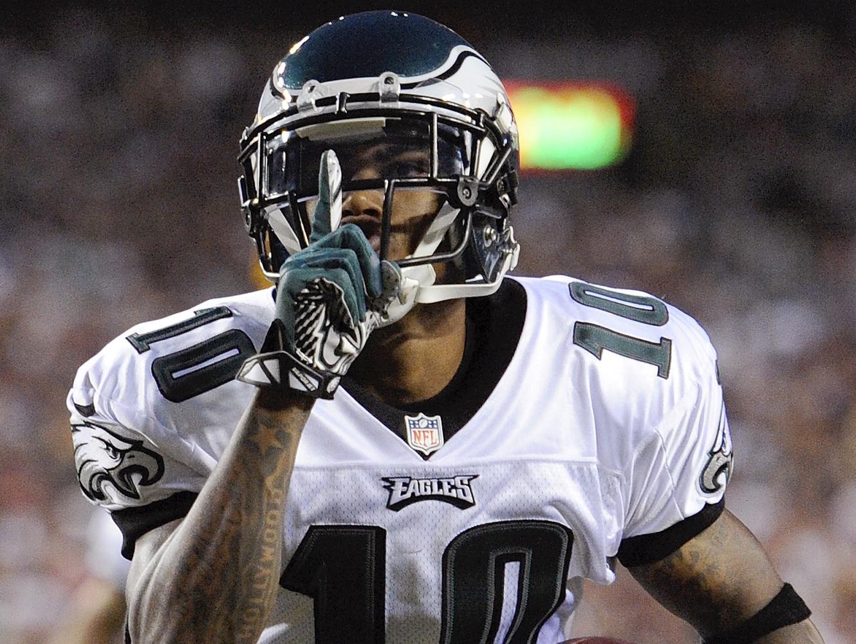 מבול עסקאות ב-NFL: דשון ג'קסון חוזר לפילדלפיה