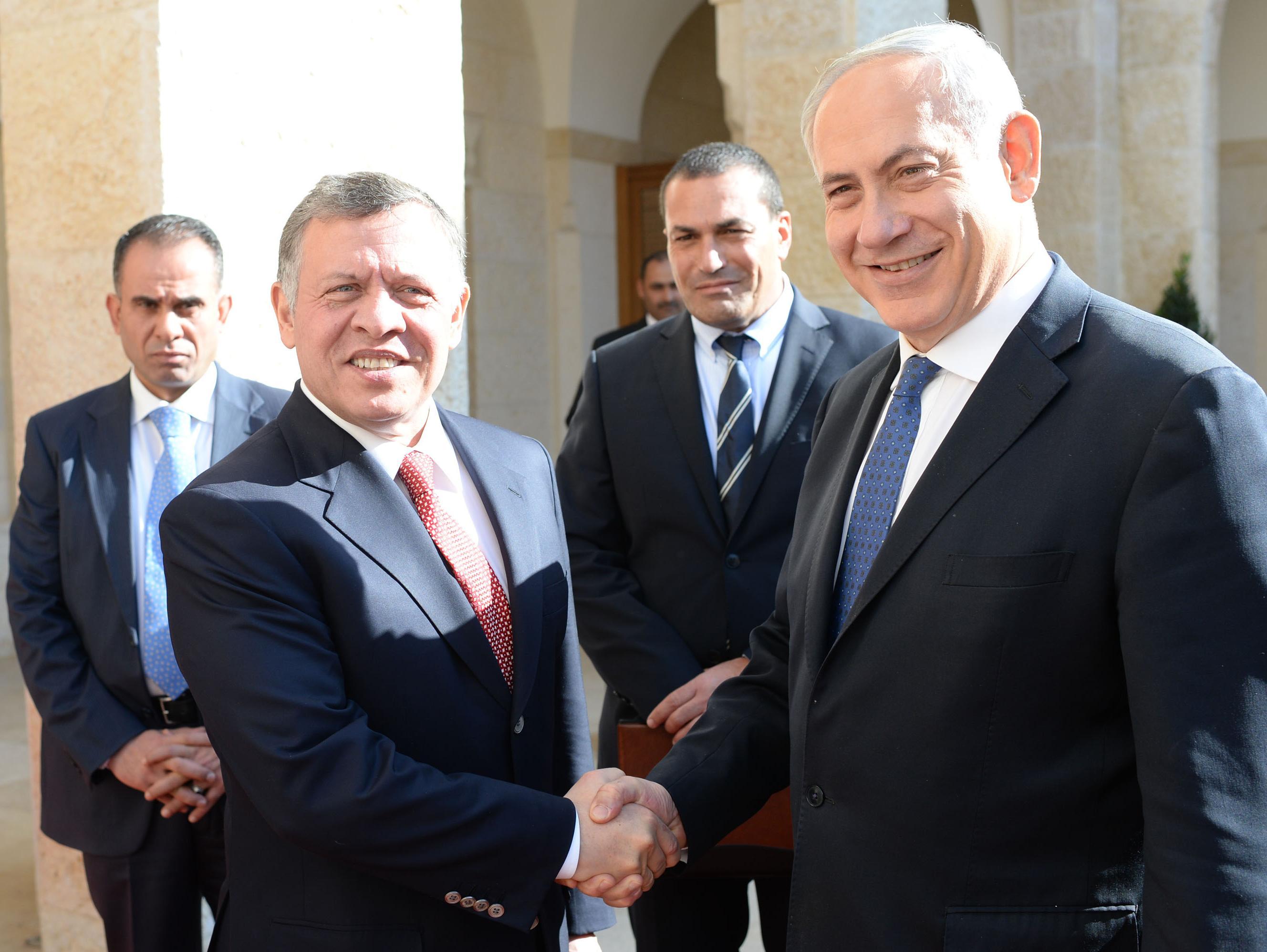 שנה אחרי משבר השגרירות: נתניהו ועבדאללה מלך ירדן נועדו בעמאן
