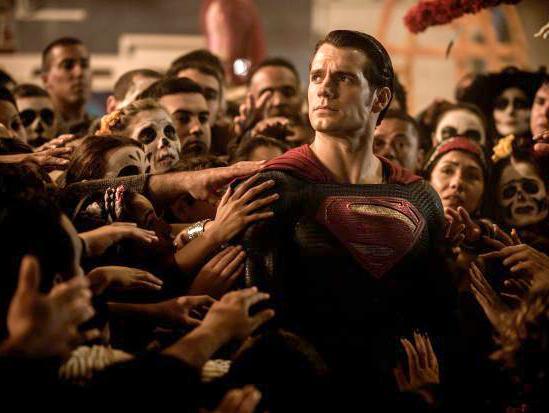 איש הפלדה פורש: הנרי קאביל עוזב את תפקיד סופרמן בסרטי DC