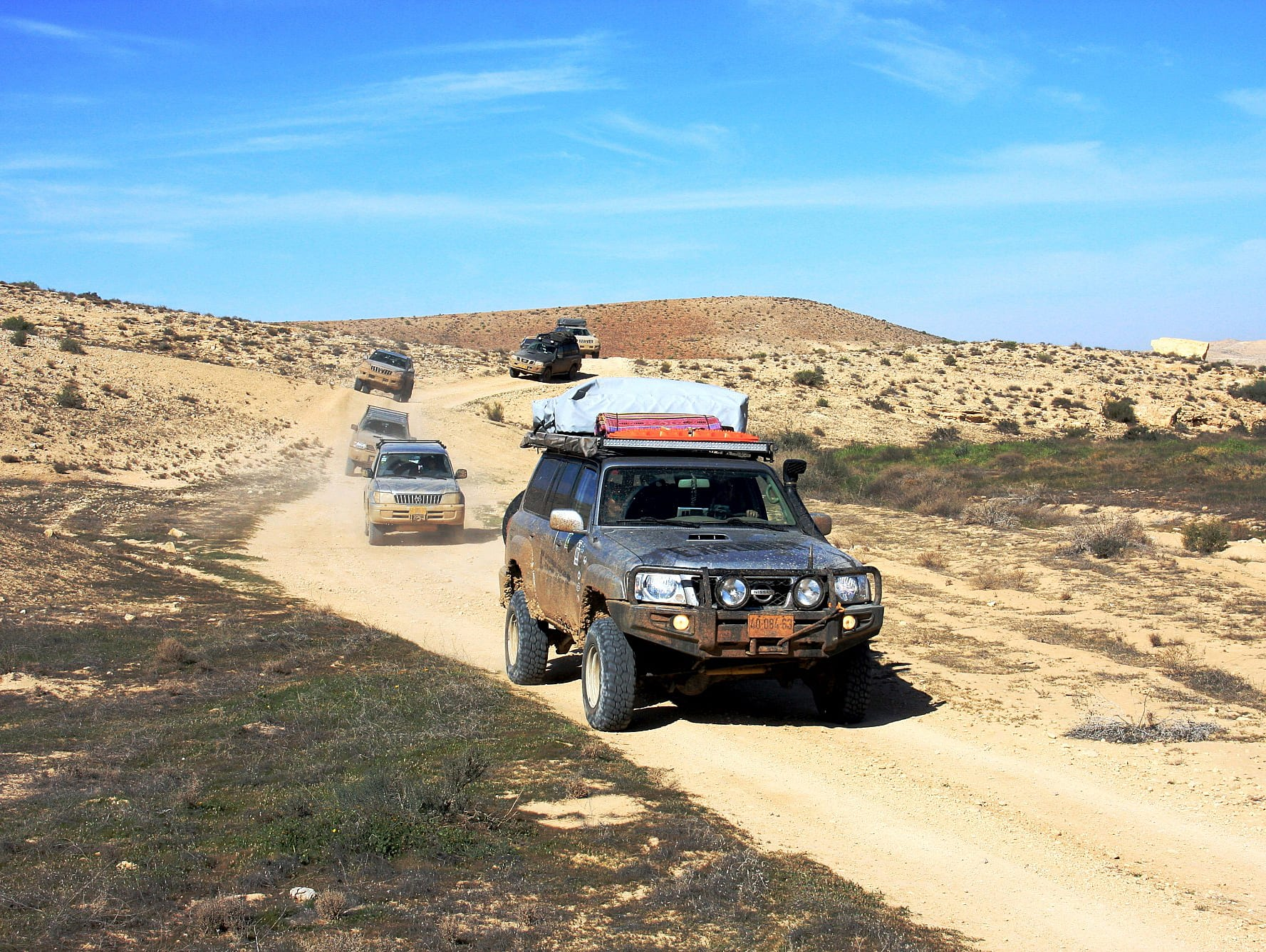 טיול הג'יפים הגדול, ממרבדי הכלניות של לכיש אל הר חמרן