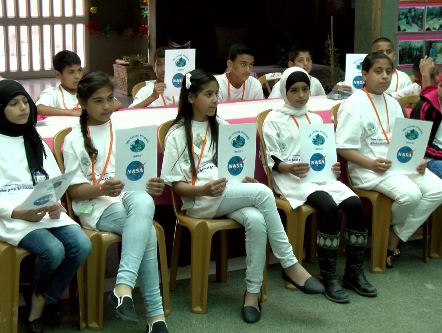 דור המדענים הבא: תלמידי רהט משתתפים במיזמי חינוך סביבתי ורובוטיקה