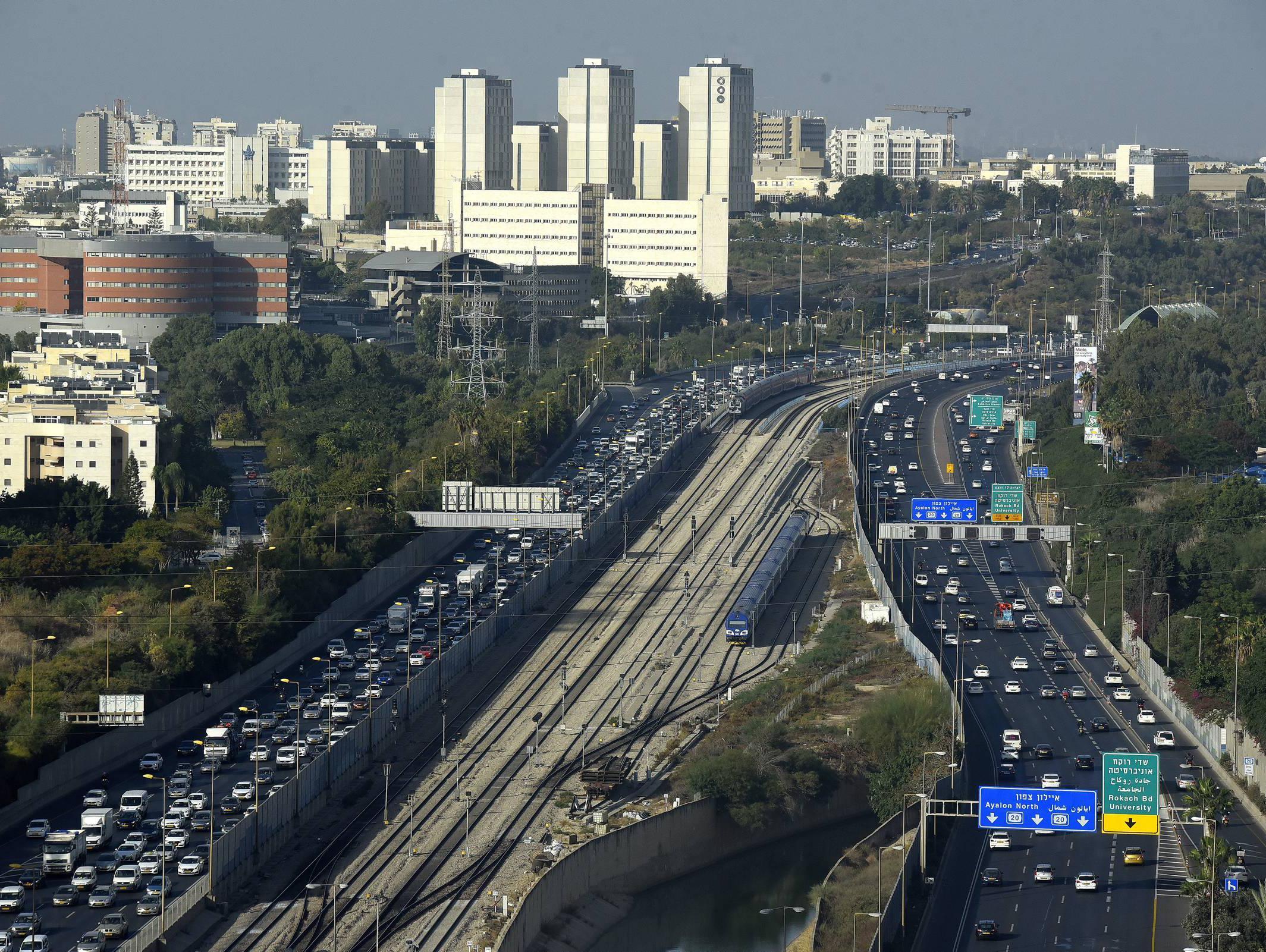 יוריד עומס בכבישים? מאה אלף נהגים ישתתפו בניסוי לעידוד נסיעה שיתופית