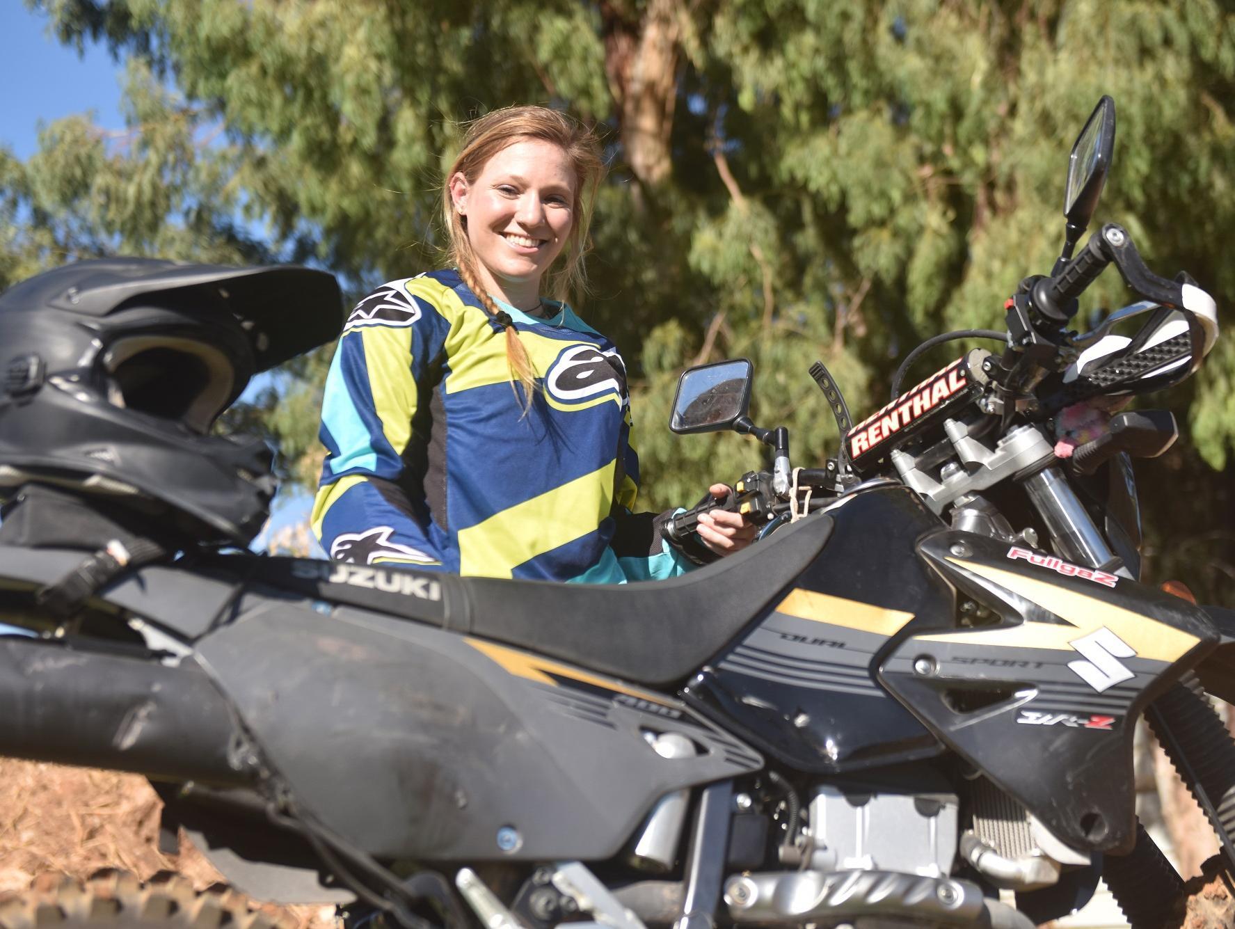 לראשונה: רוכבת שטח תנסה להגיע ממטולה לאילת ב-24 שעות