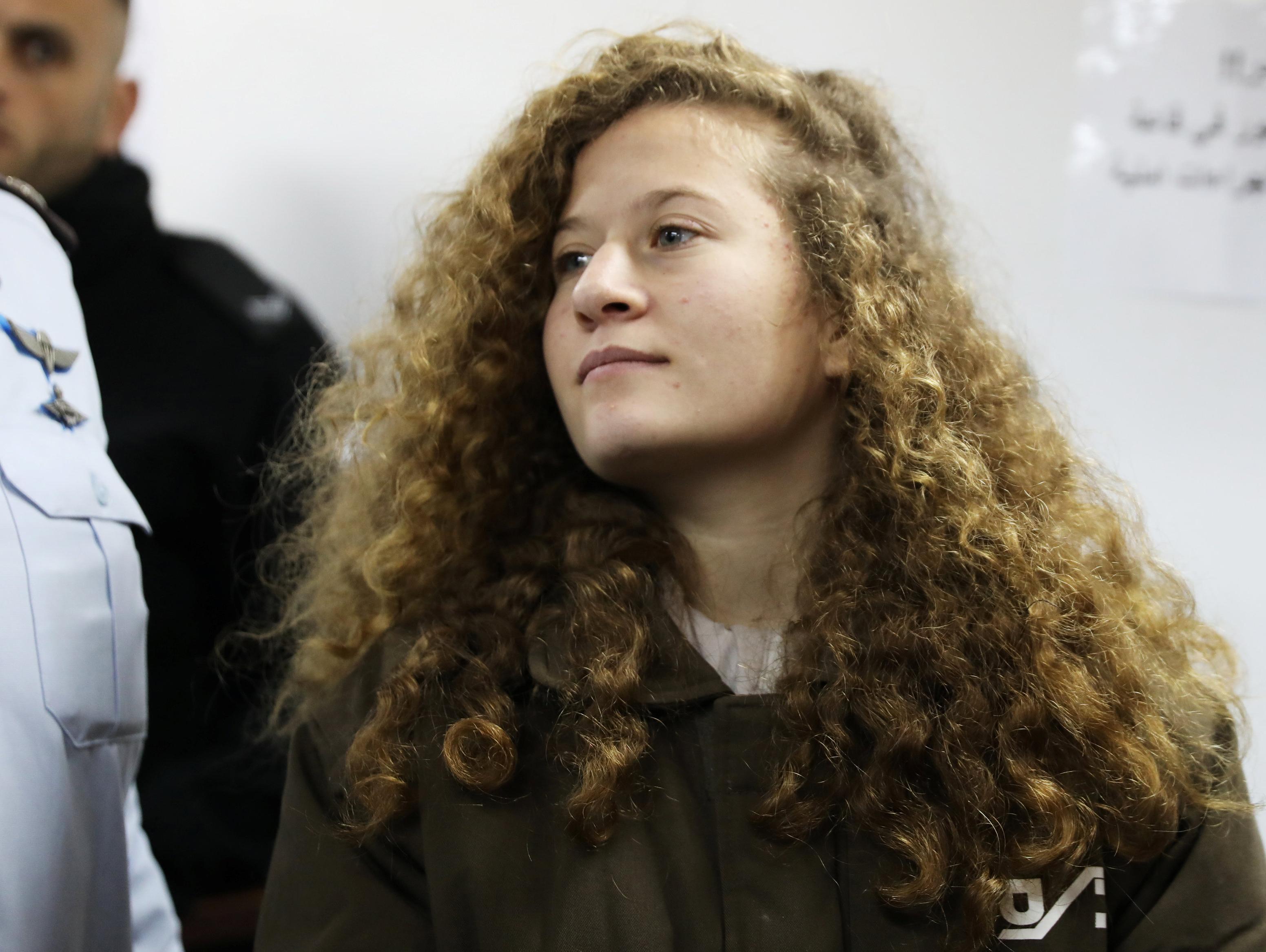 שמונה חודשי מאסר לנערה עהד תמימי שתועדה מכה קצין צה