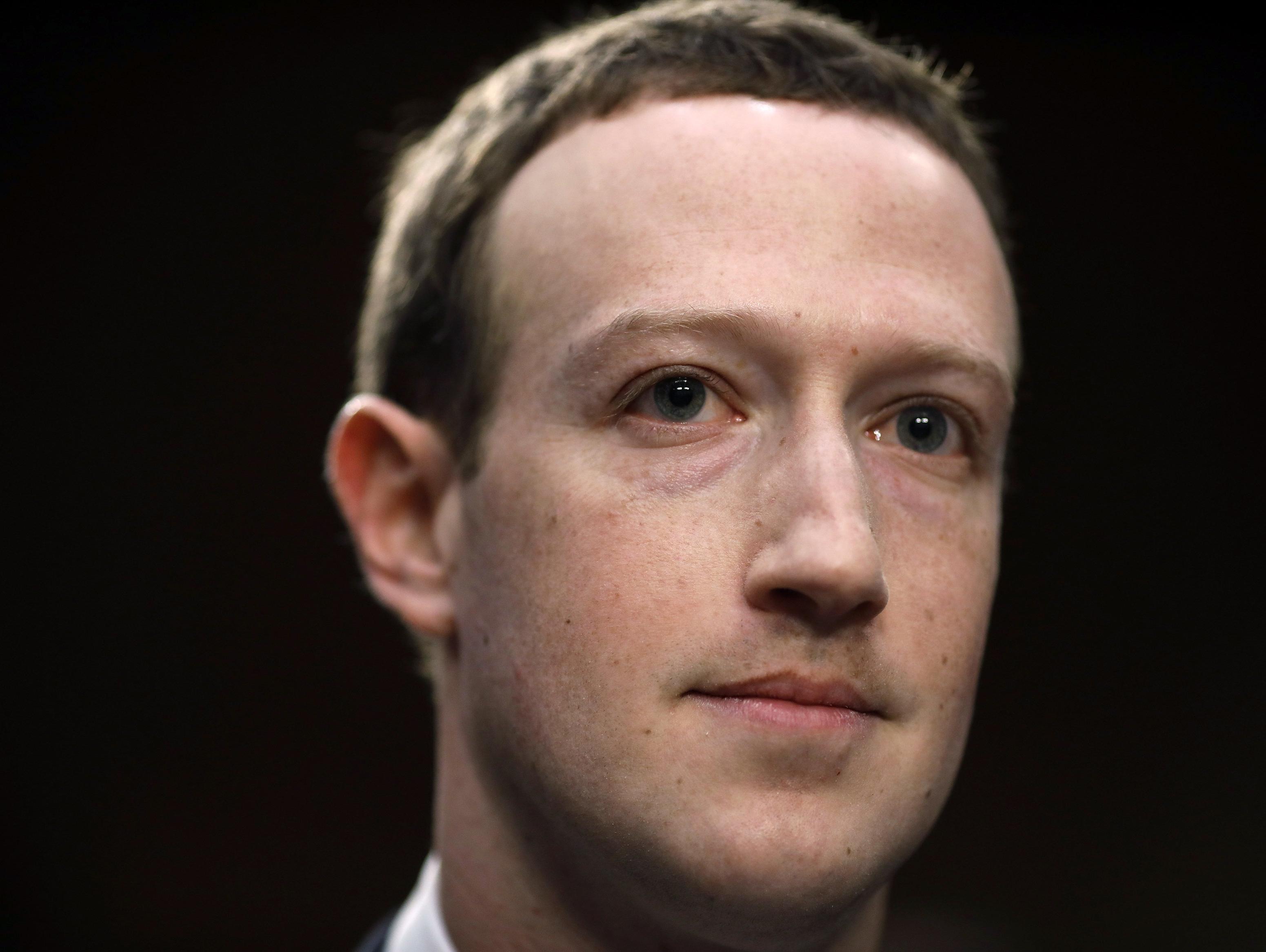 האם פייסבוק עוזרת לבניית רשתות טרור?
