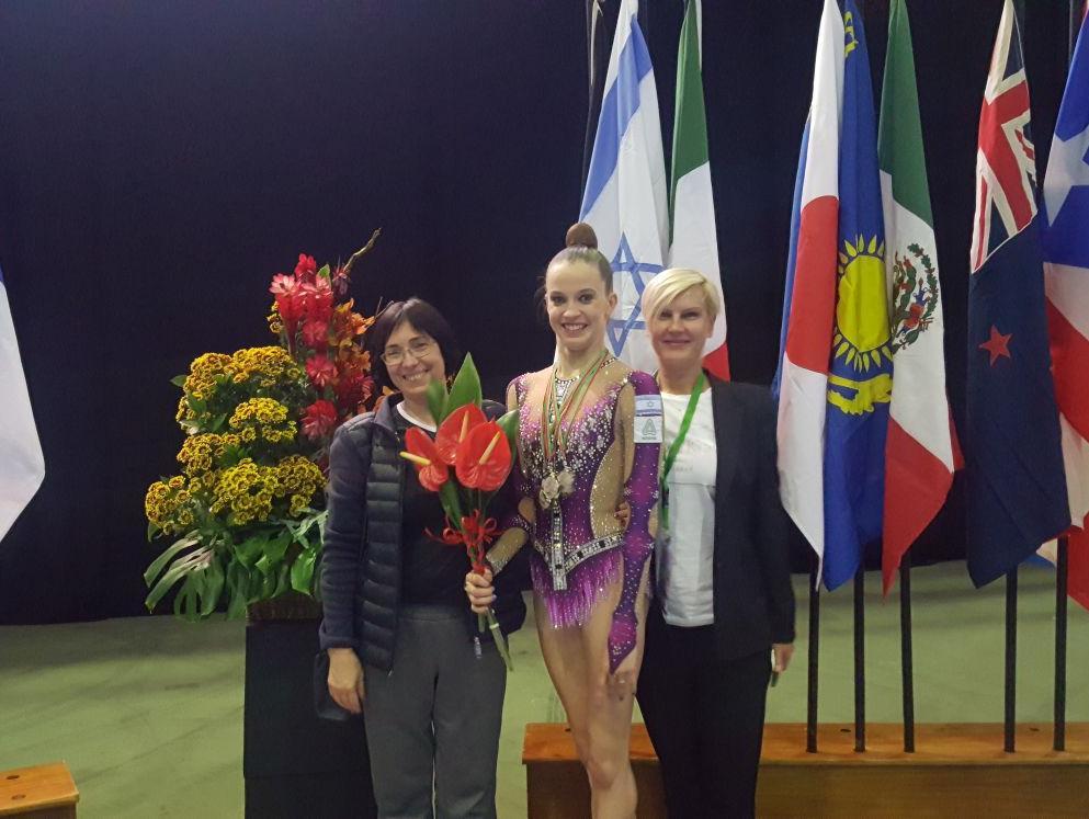 ארבע מדליות למתעמלת ניקול זליקמן בגביע האתגר בפורטוגל
